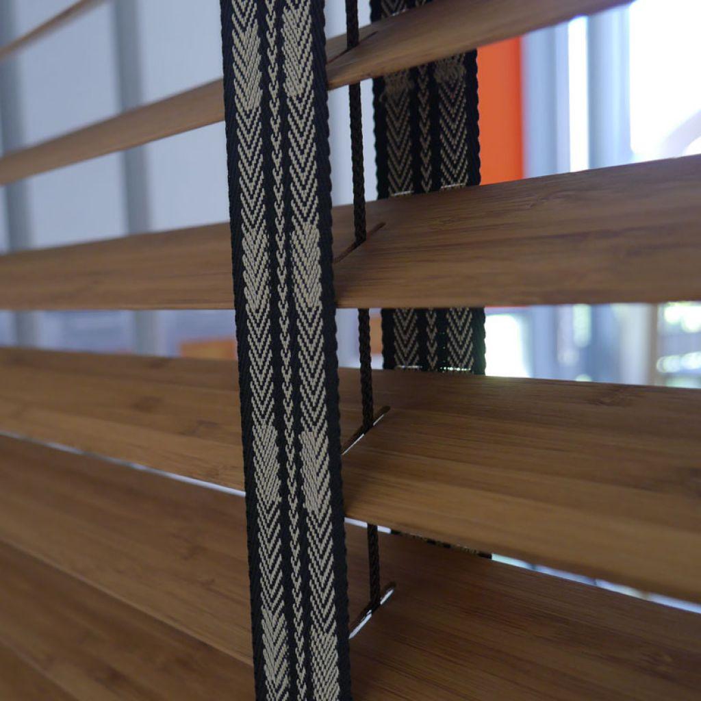 Store venitien exterieur bois good store venitien bois for Store en bois tisse exterieur