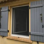 Moustiquaire fenêtre enroulable Mariton